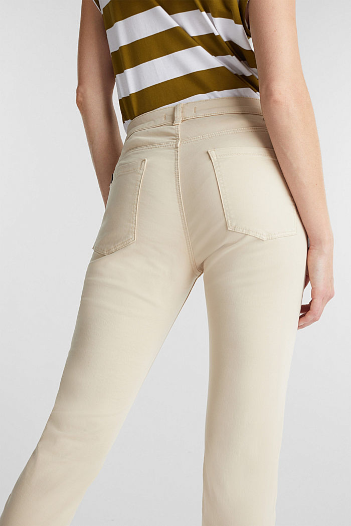 Soft Capri trousers with Lycra® xtra life™, LIGHT BEIGE, detail image number 5