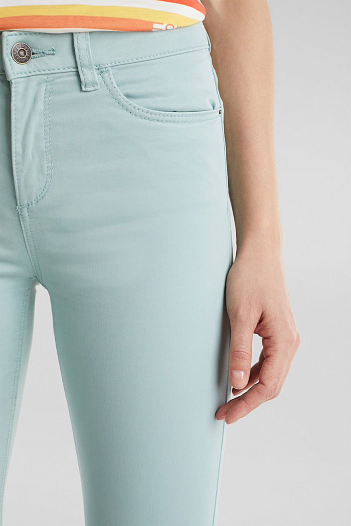 Soft Capri trousers with Lycra® xtra life™, LIGHT AQUA GREEN, detail image number 2