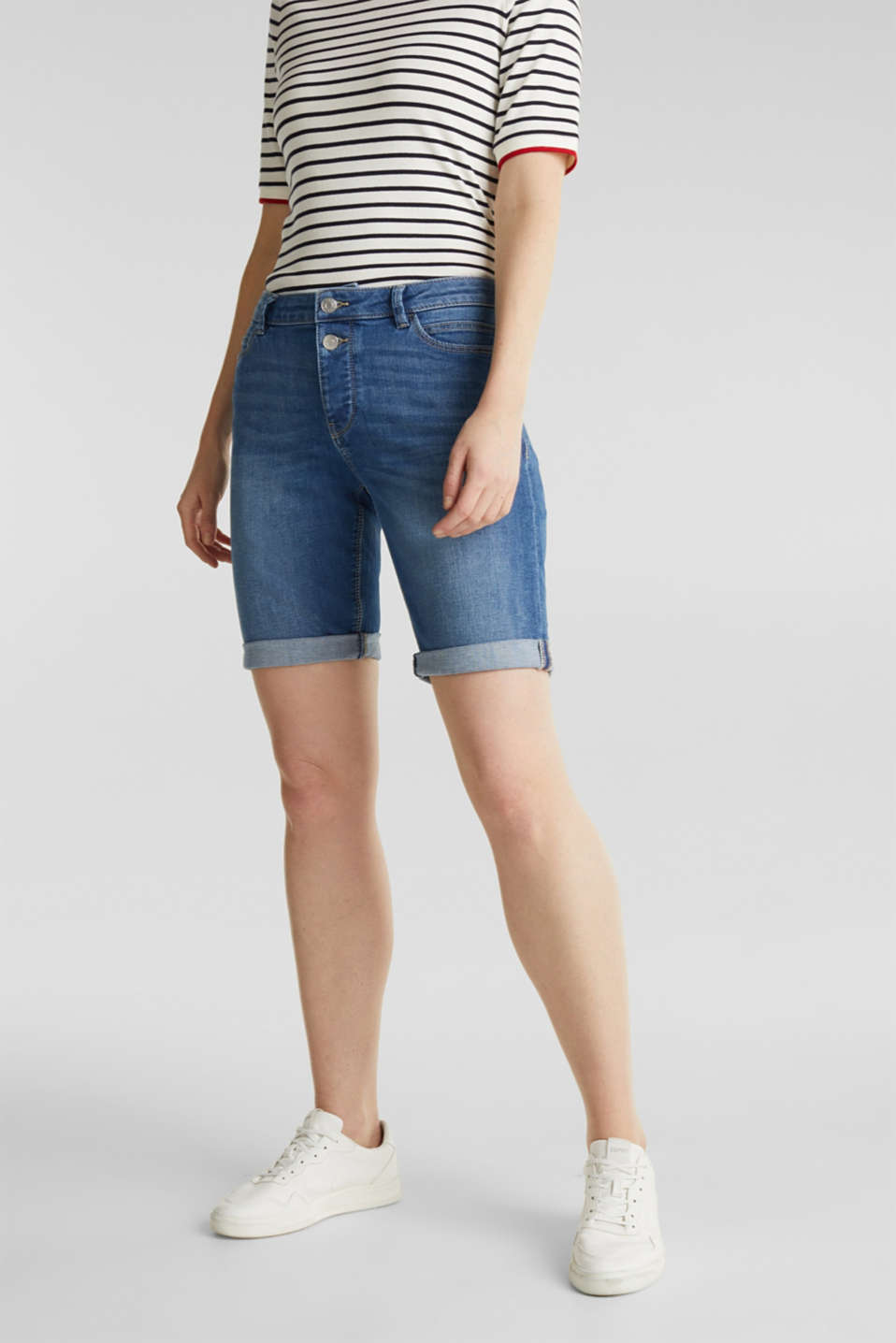 Esprit - Superstretch-Shorts mit Doppelknopf