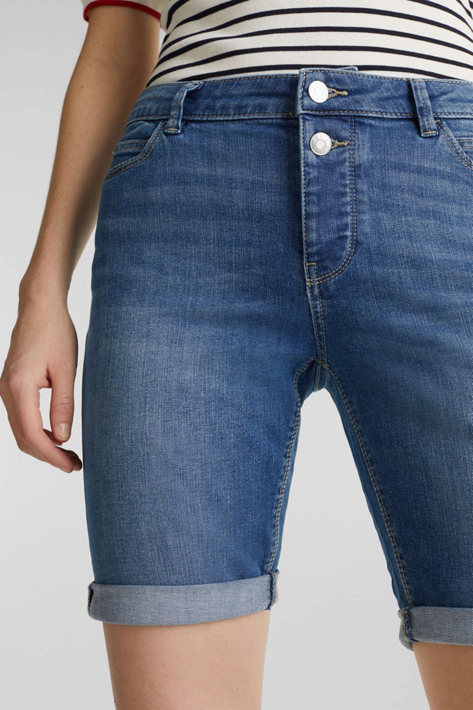 Super stretch shorts with two buttons, BLUE MEDIUM WASH, detail image number 2