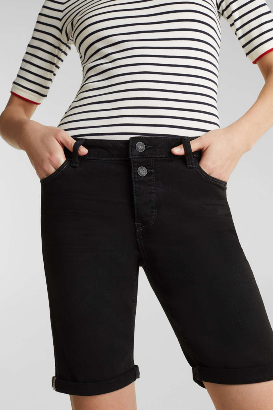 Denim shorts with a button placket, BLACK, detail image number 2
