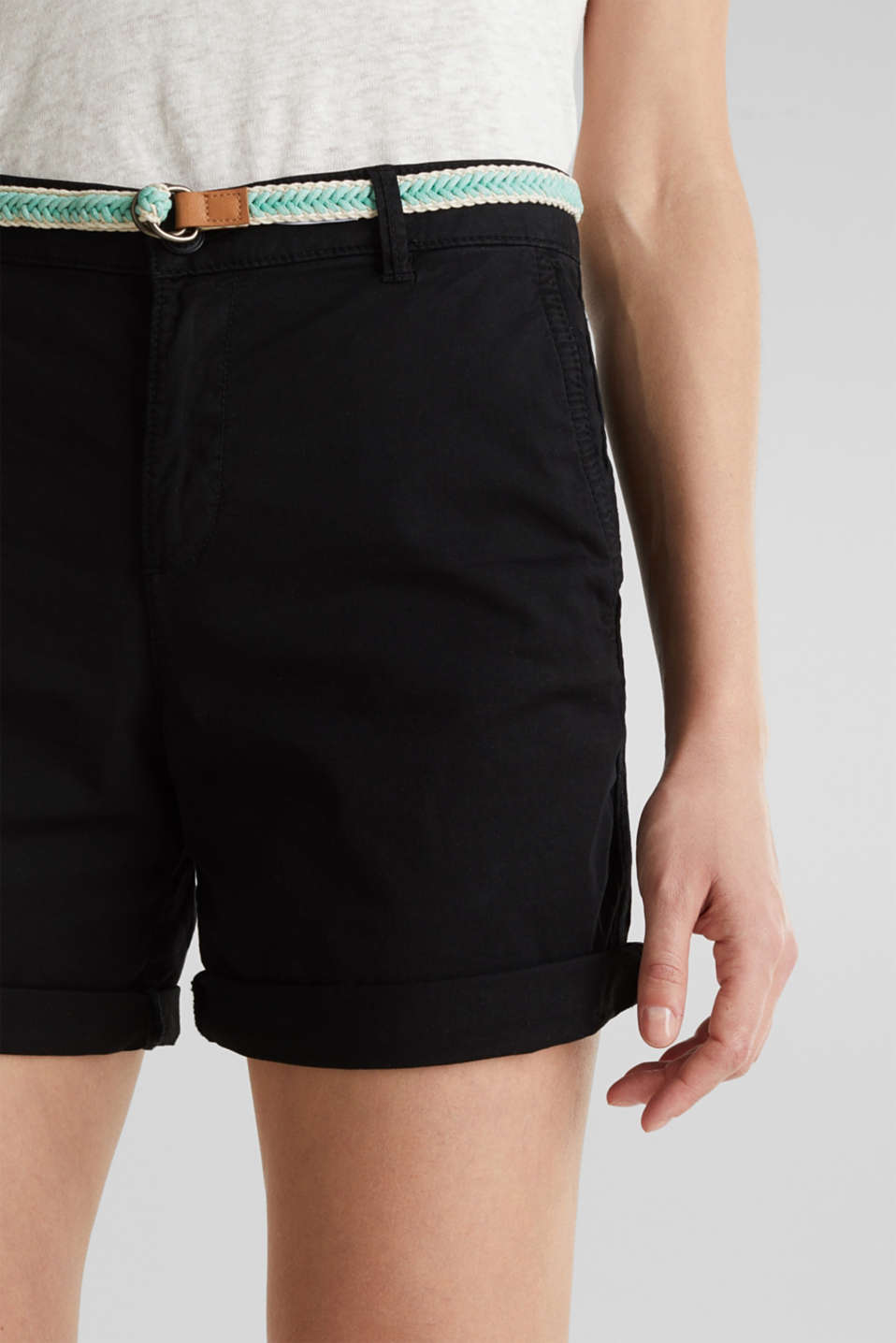 Stretch shorts with Lycra xtra life™, BLACK, detail image number 2