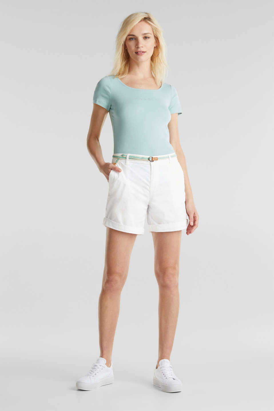 Esprit - Stretch shorts with Lycra xtra life™