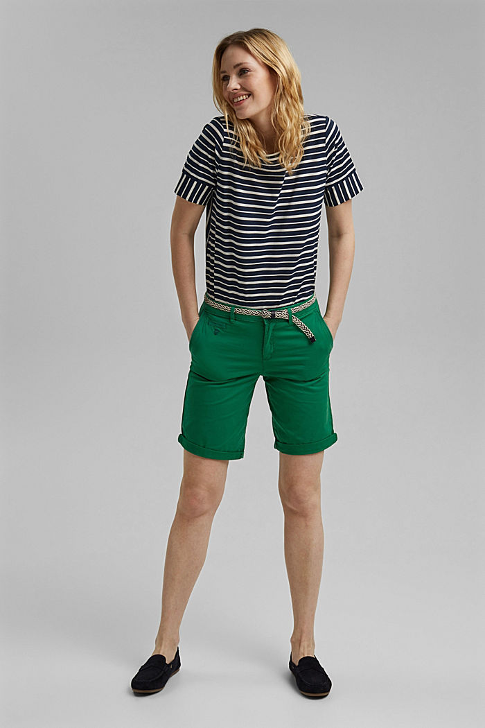 Chino shorts with a belt, LEAF GREEN, detail image number 1