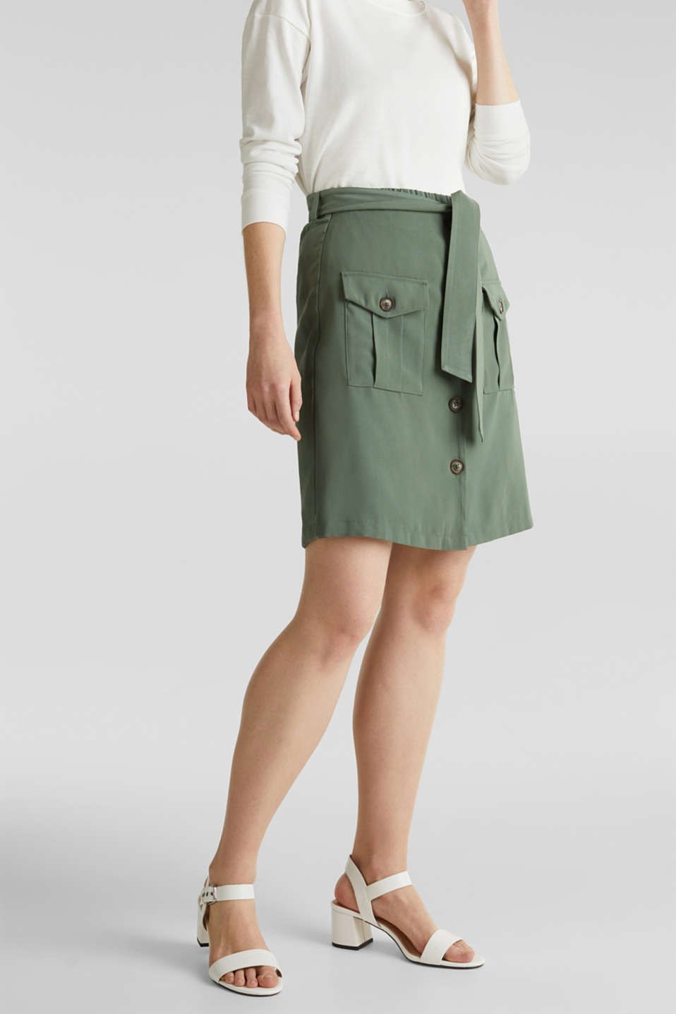Esprit - Skirt shorts in a utility look