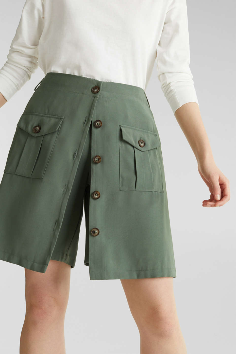 Skirt shorts in a utility look, KHAKI GREEN, detail image number 5