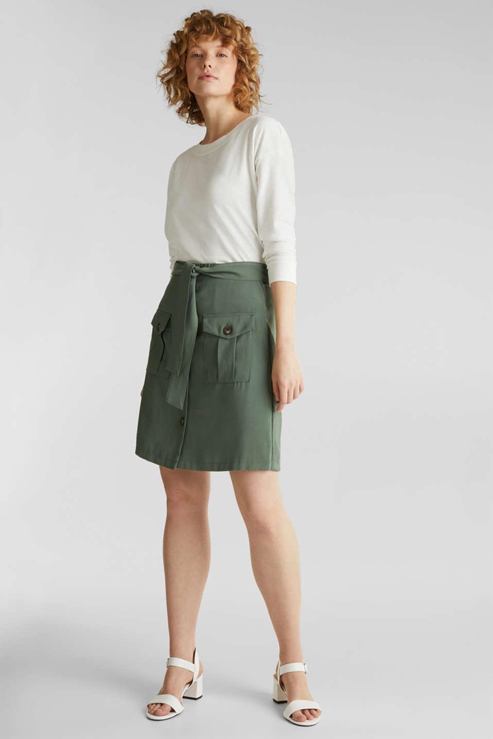 Skirt shorts in a utility look, KHAKI GREEN, detail image number 1