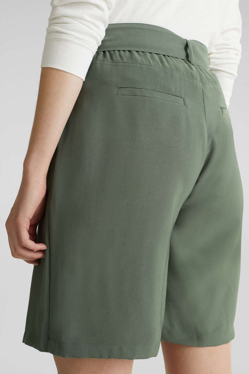 Skirt shorts in a utility look, KHAKI GREEN, detail image number 4