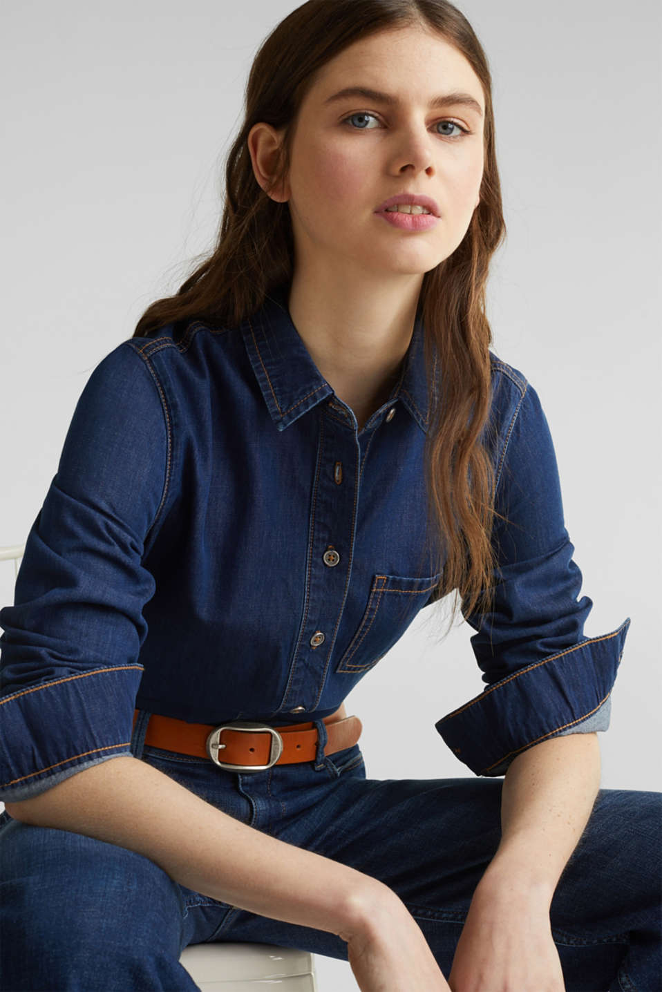 Lightweight dark denim blouse, 100% organic cotton, BLUE MEDIUM WASH, detail image number 6