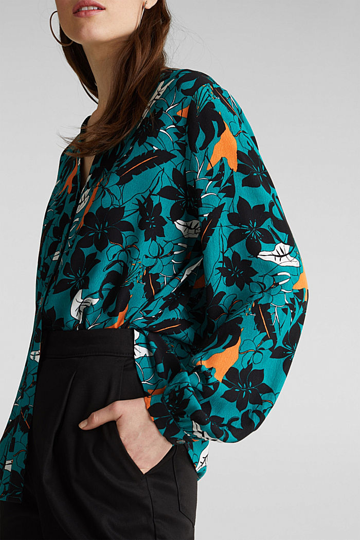 Blouse made from LENZING™ ECOVERO™, TEAL GREEN, detail image number 5