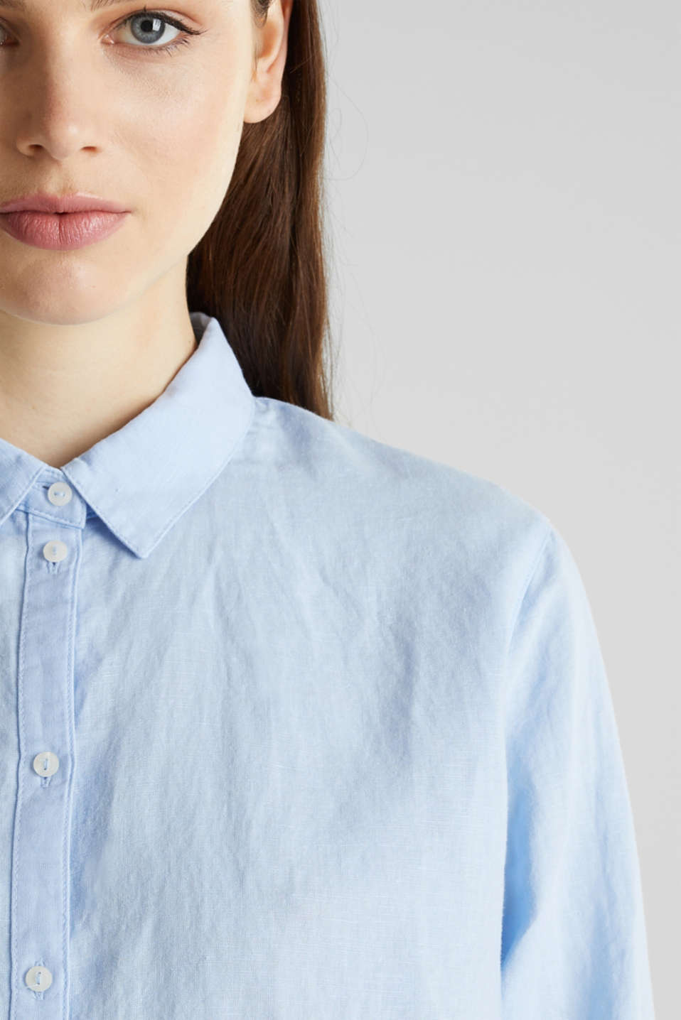 Linen blend: Blouse with turn-up sleeves, LIGHT BLUE, detail image number 1