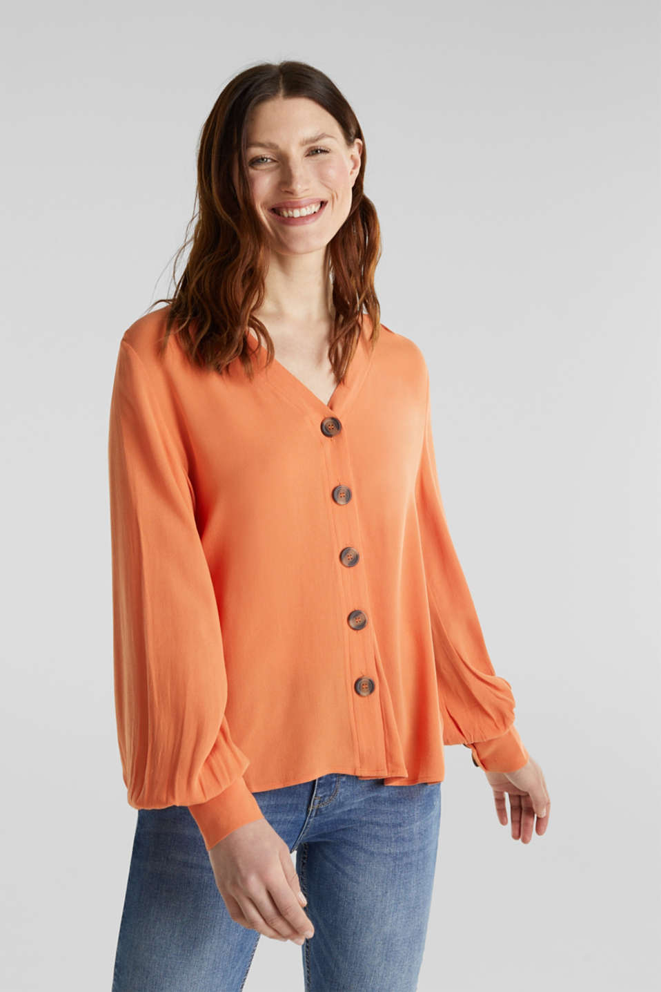 Esprit - Crêpe blouse with balloon sleeves