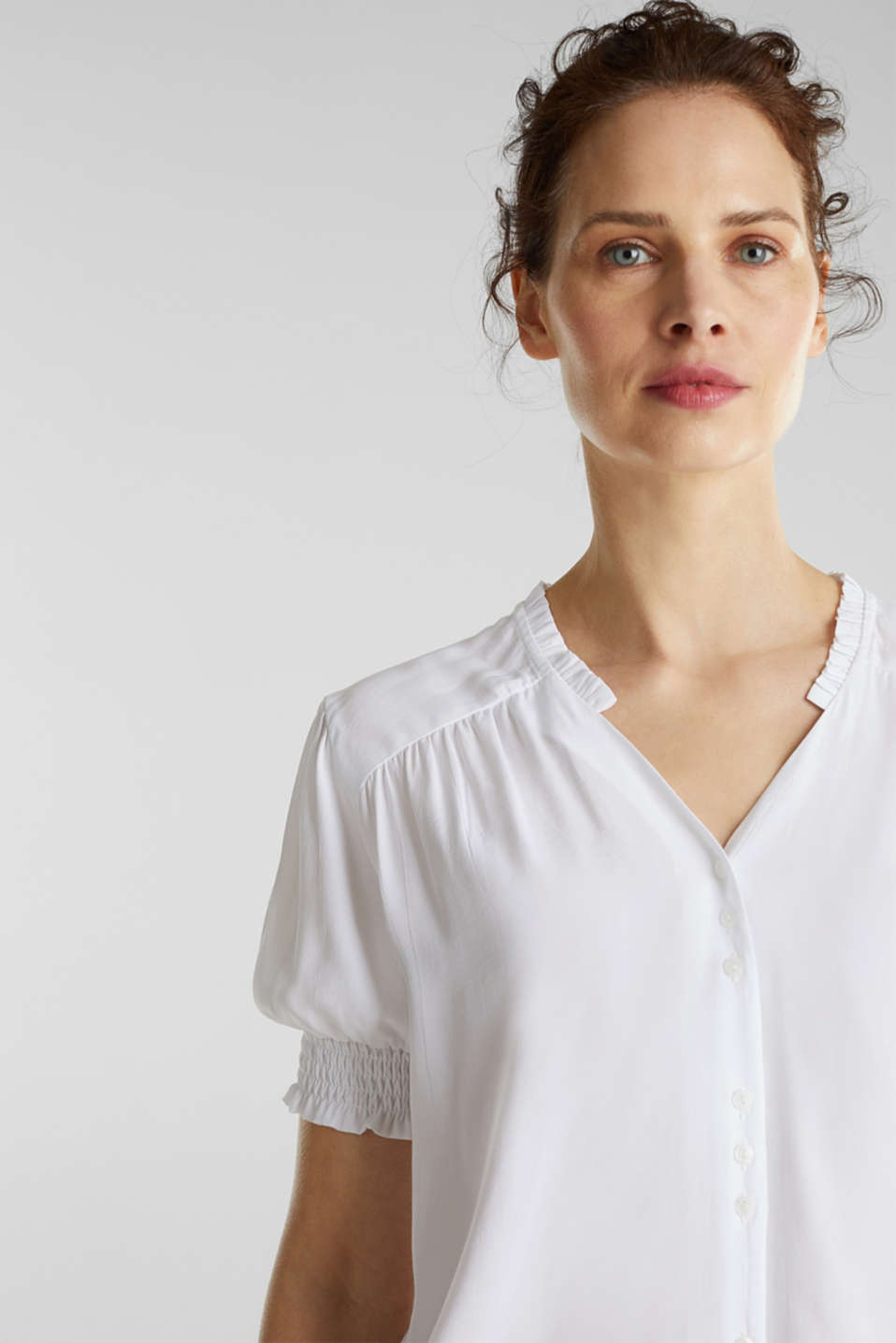 Blouse with frills and smocked details, WHITE, detail image number 4