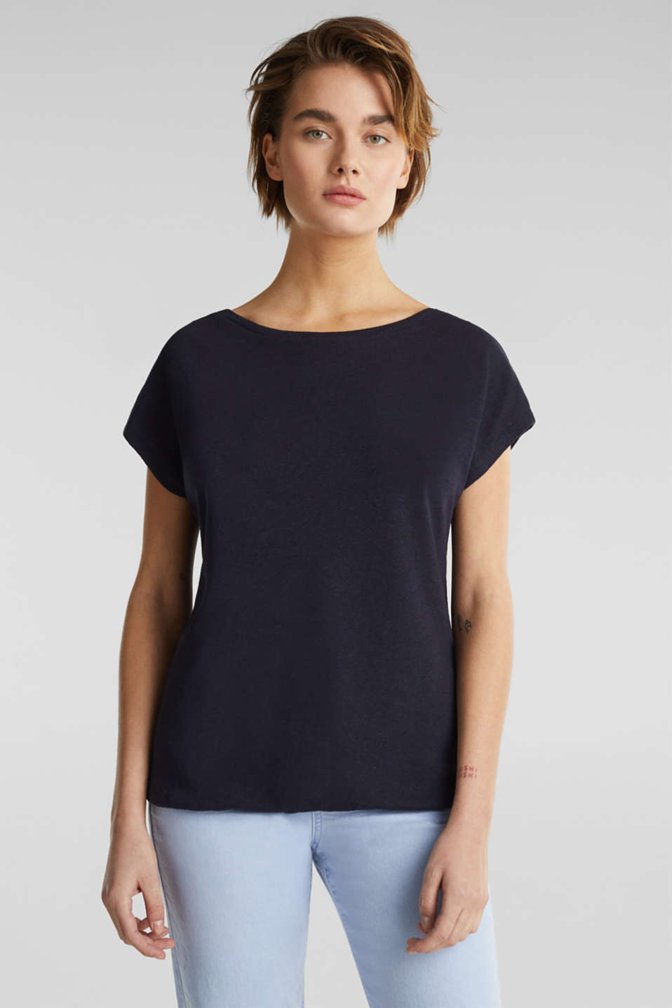 Esprit - Made of blended linen: top with an elasticated hem