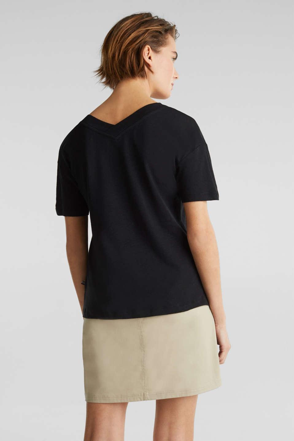 Made of blended linen: double V-neck T-shirt, BLACK, detail image number 3