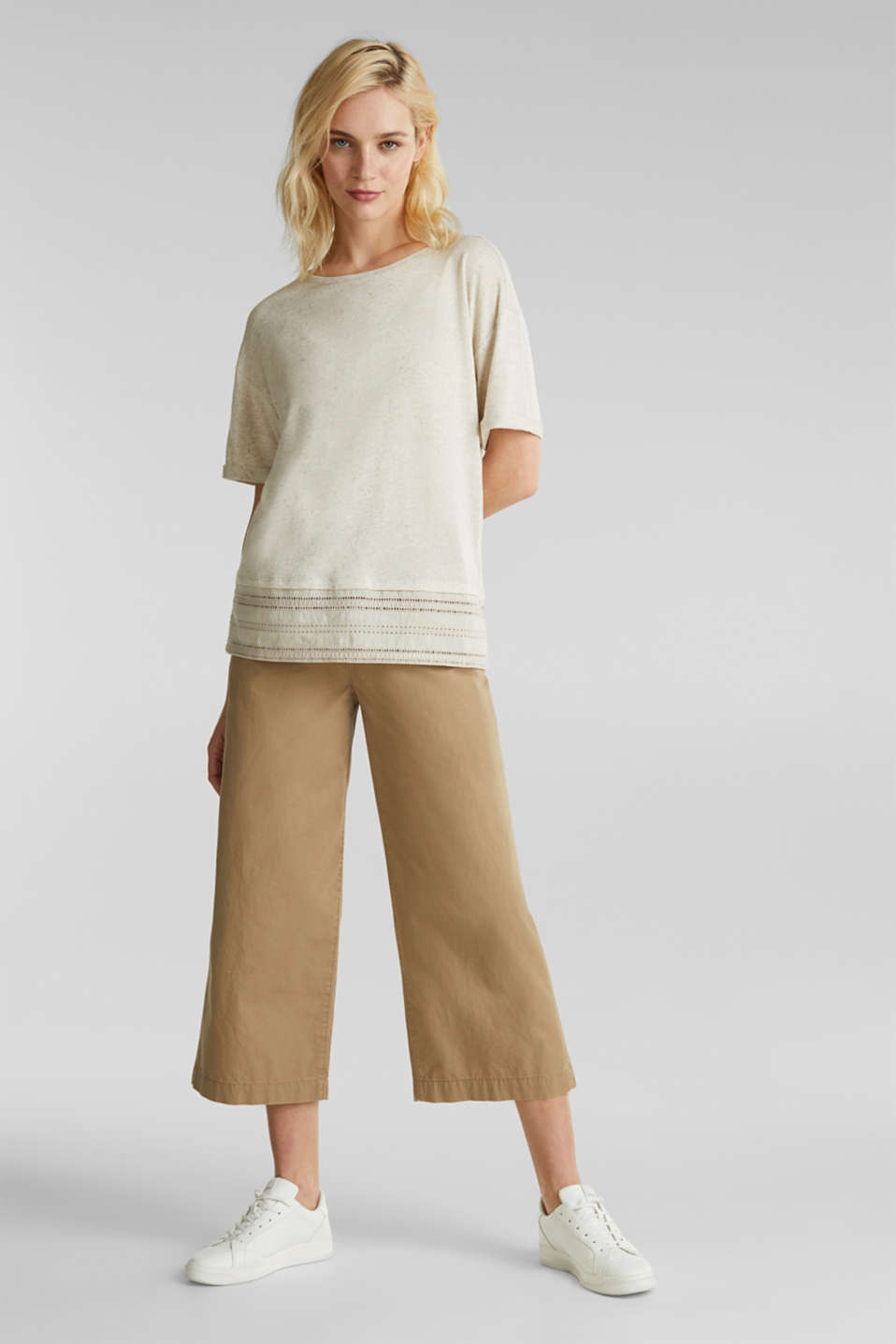 Blended linen: top with an embroidered fabric hem, ICE, detail image number 1
