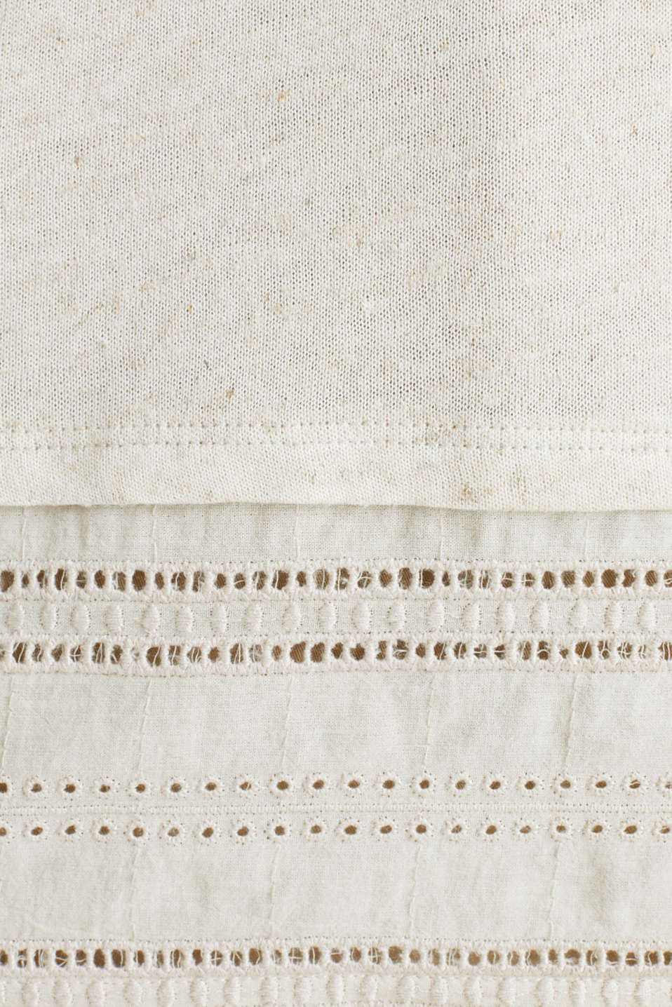 Blended linen: top with an embroidered fabric hem, ICE, detail image number 4