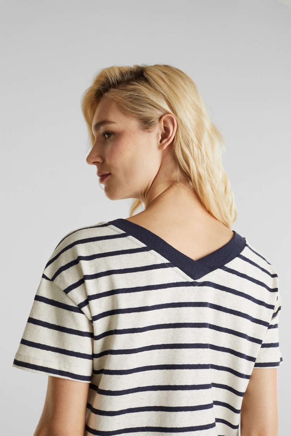 Made of blended linen: Top with v-necklines, ICE 4, detail image number 2