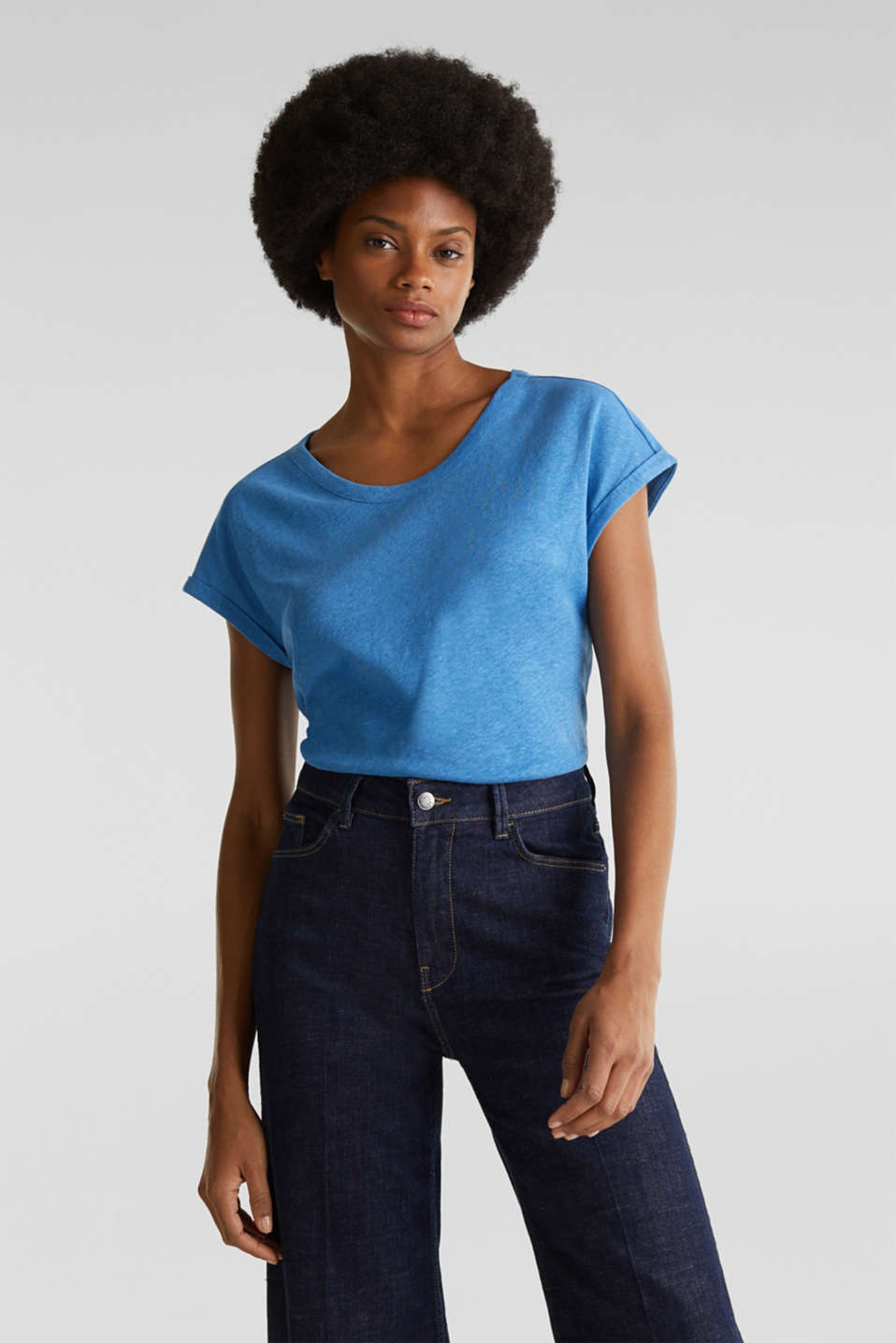 Made of blended linen: clean-look top, BRIGHT BLUE, detail image number 0