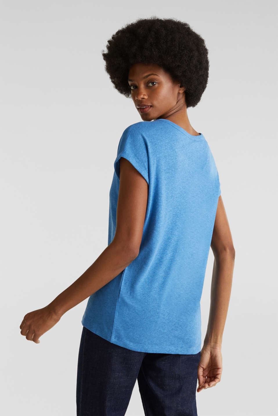Made of blended linen: clean-look top, BRIGHT BLUE, detail image number 2