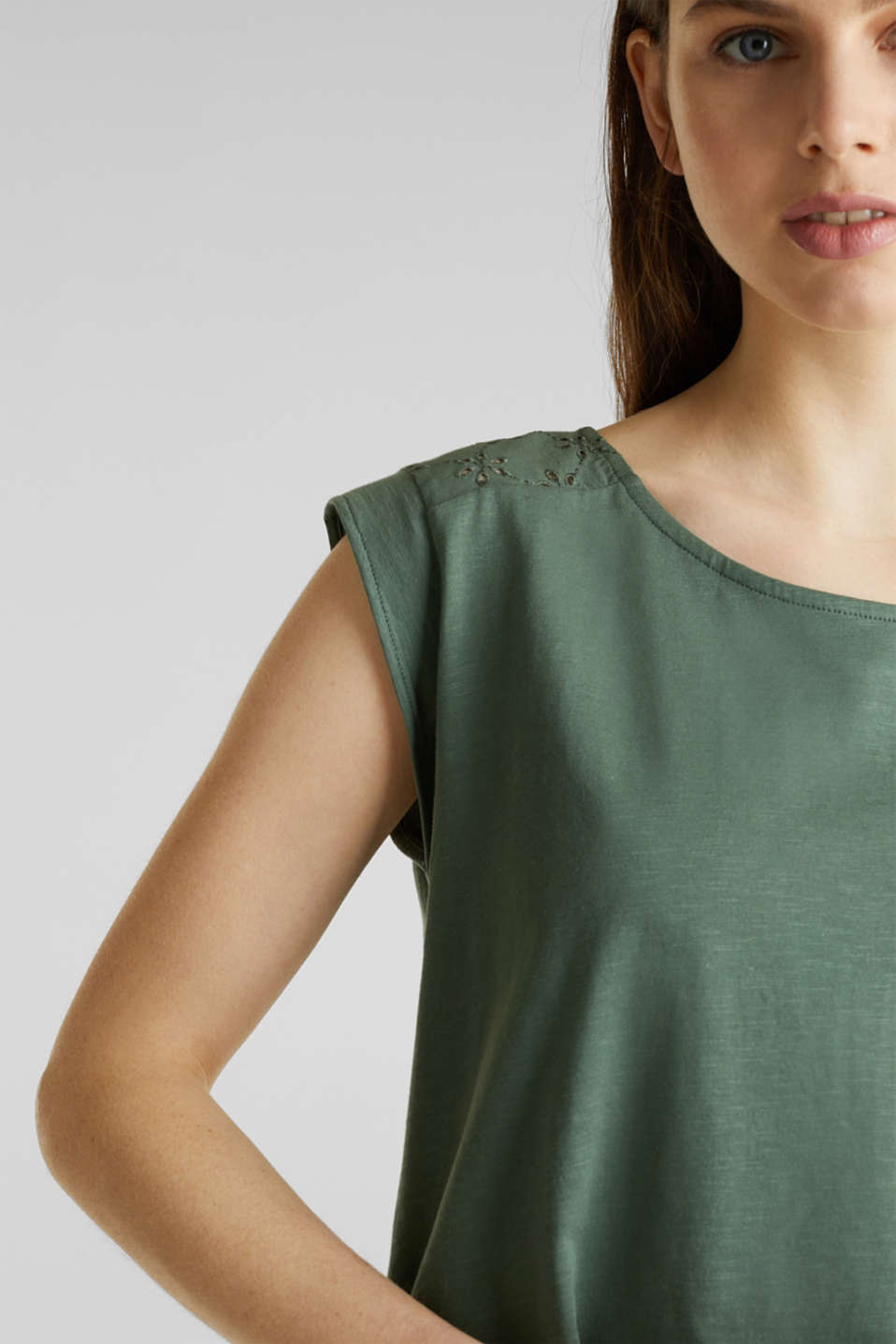 Broderie anglaise top, 100% cotton, KHAKI GREEN, detail image number 2