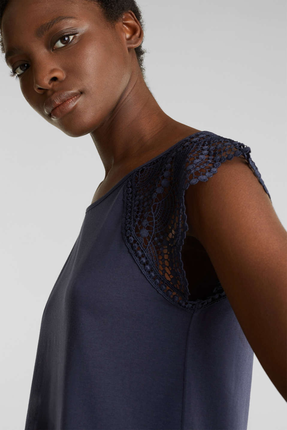 Top with lace shoulders, NAVY, detail image number 2