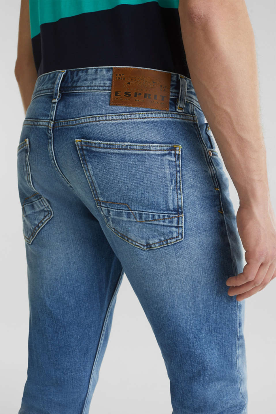 Premium jeans with whiskering, BLUE LIGHT WASH, detail image number 6