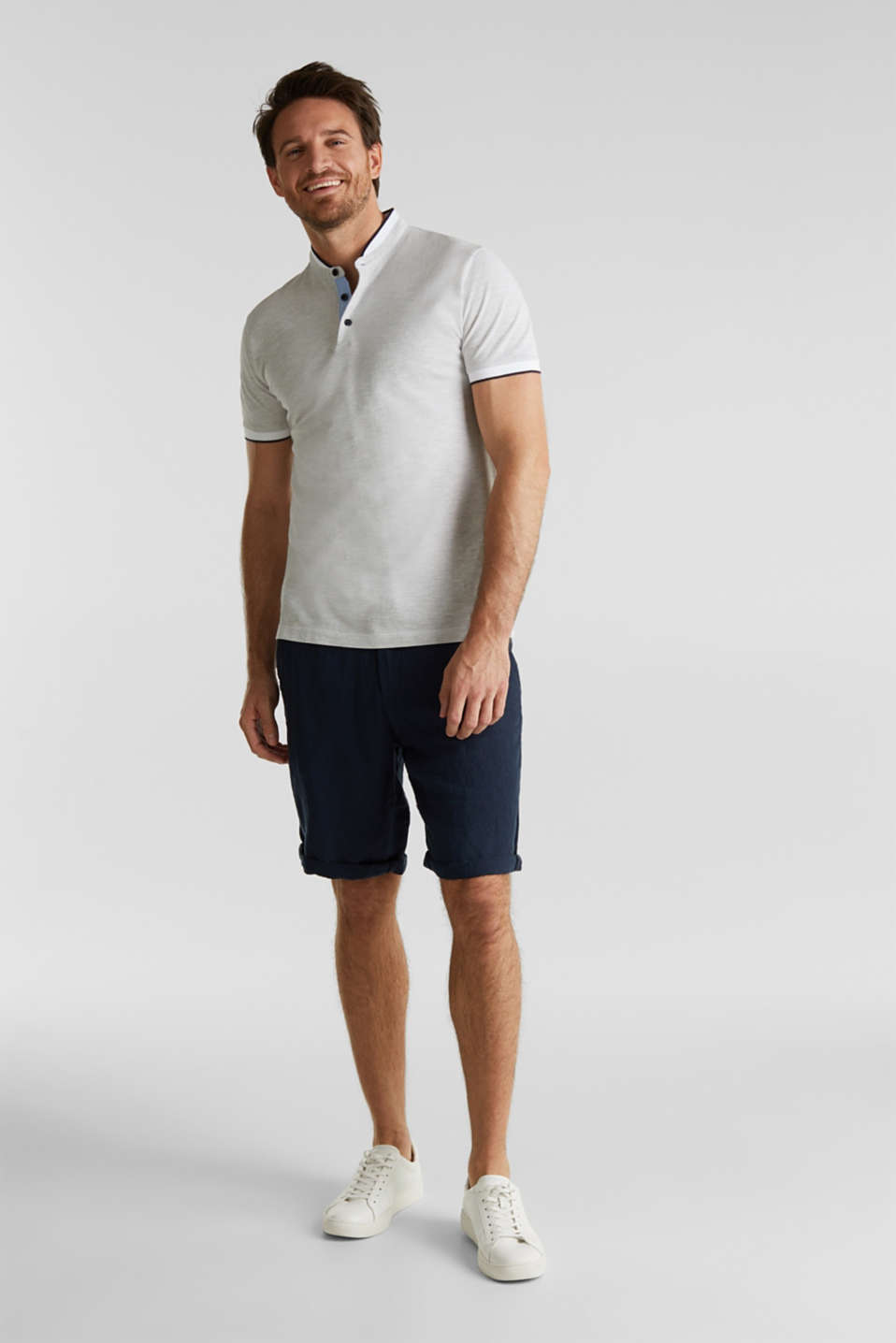 Piqué polo shirt with a stand-up collar, WHITE 2, detail image number 2