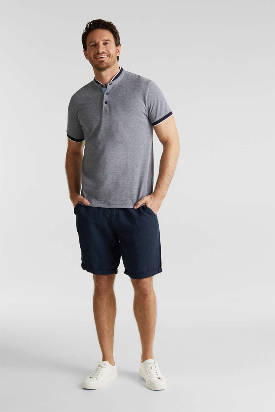 Piqué polo shirt with a stand-up collar, NAVY 2, detail image number 2