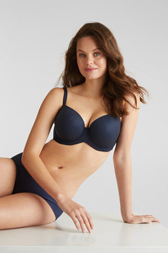 Padded underwire bra made of wavy lace