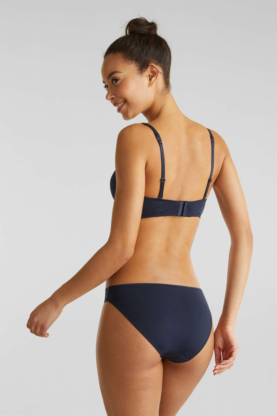 Padded non-wired bra made of modern lace, NAVY 2, detail image number 1