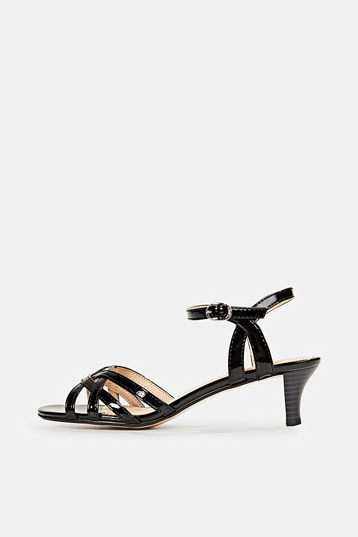 Sandály s pásky ve splétaném vzhledu