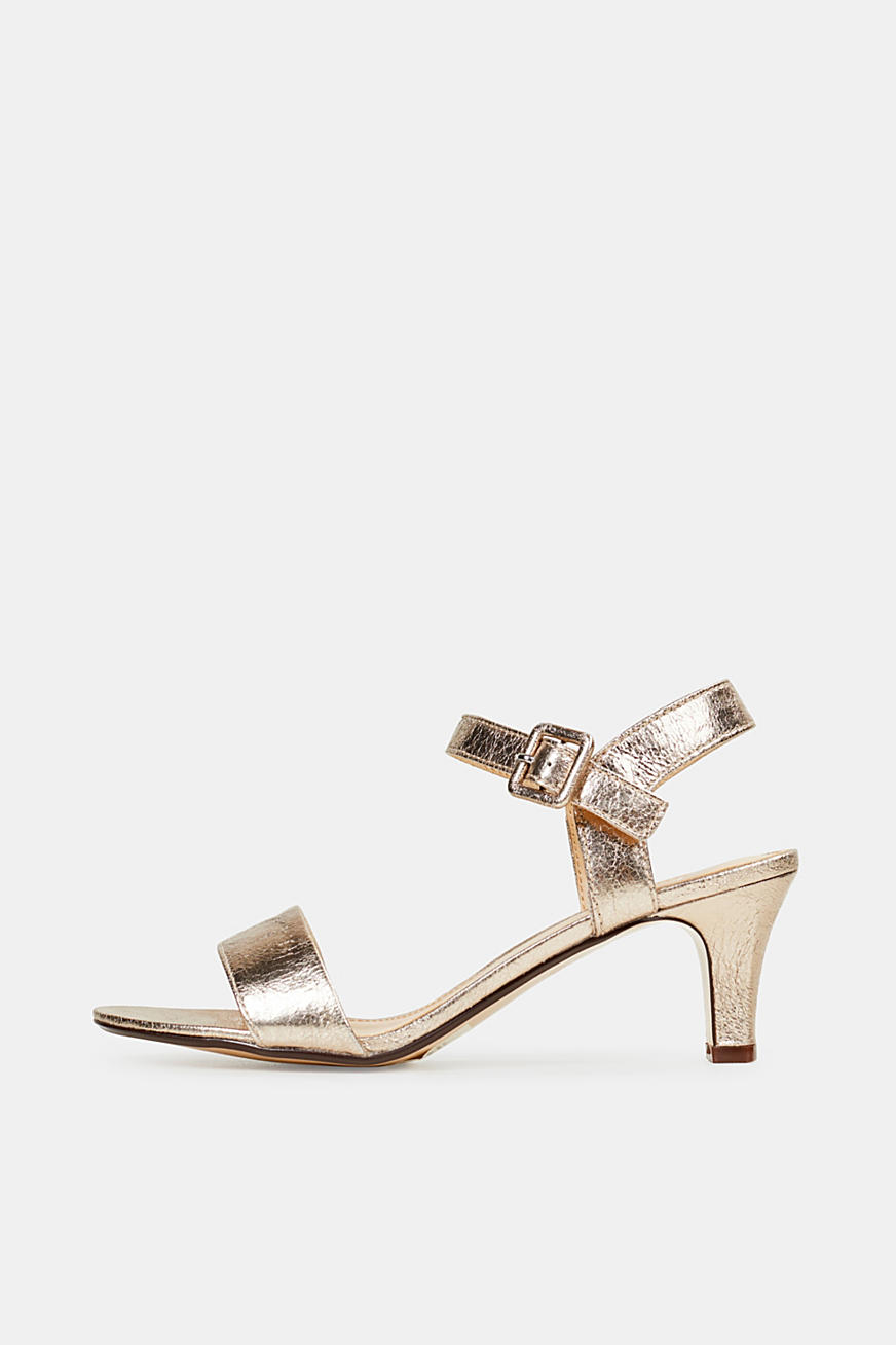 Sandals in a crushed metallic look