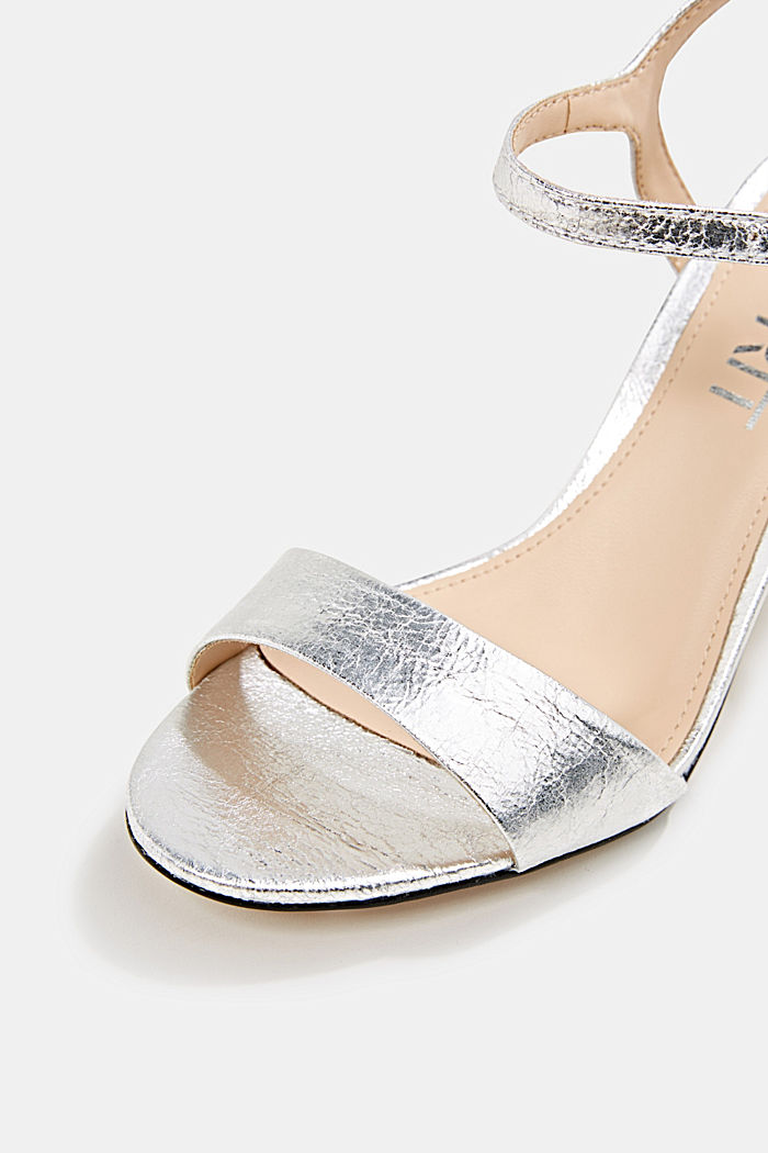 Sandals in a crushed metallic look, SILVER, detail image number 4