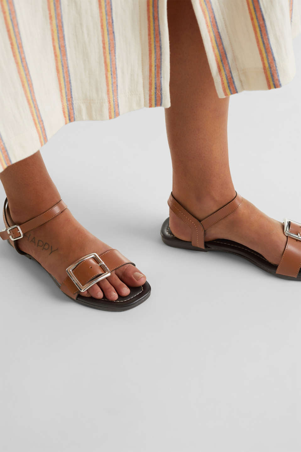 Leather sandals with buckles, CARAMEL, detail image number 3