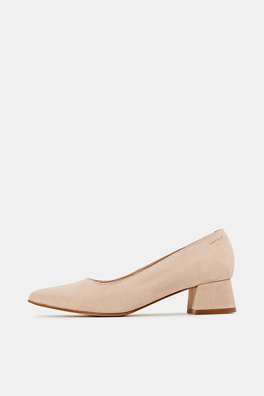 Leather court shoes with a block heel