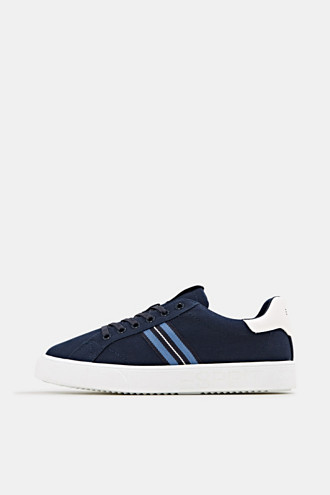 Retro trainers with stripe detail