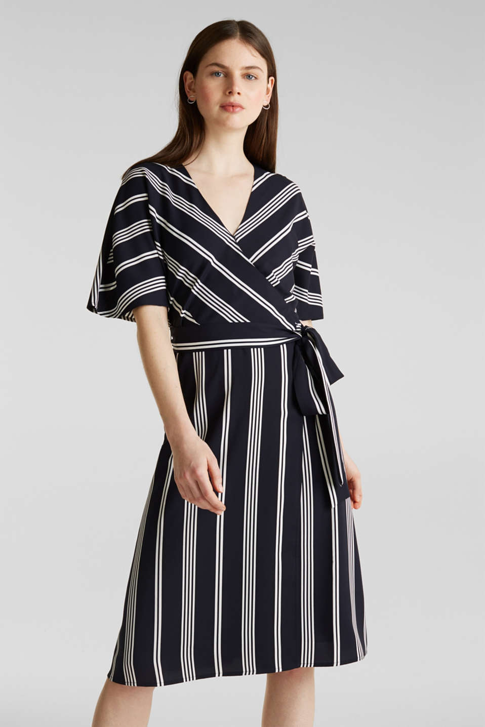 Esprit - Woven dress in a wrap-over look, recycled