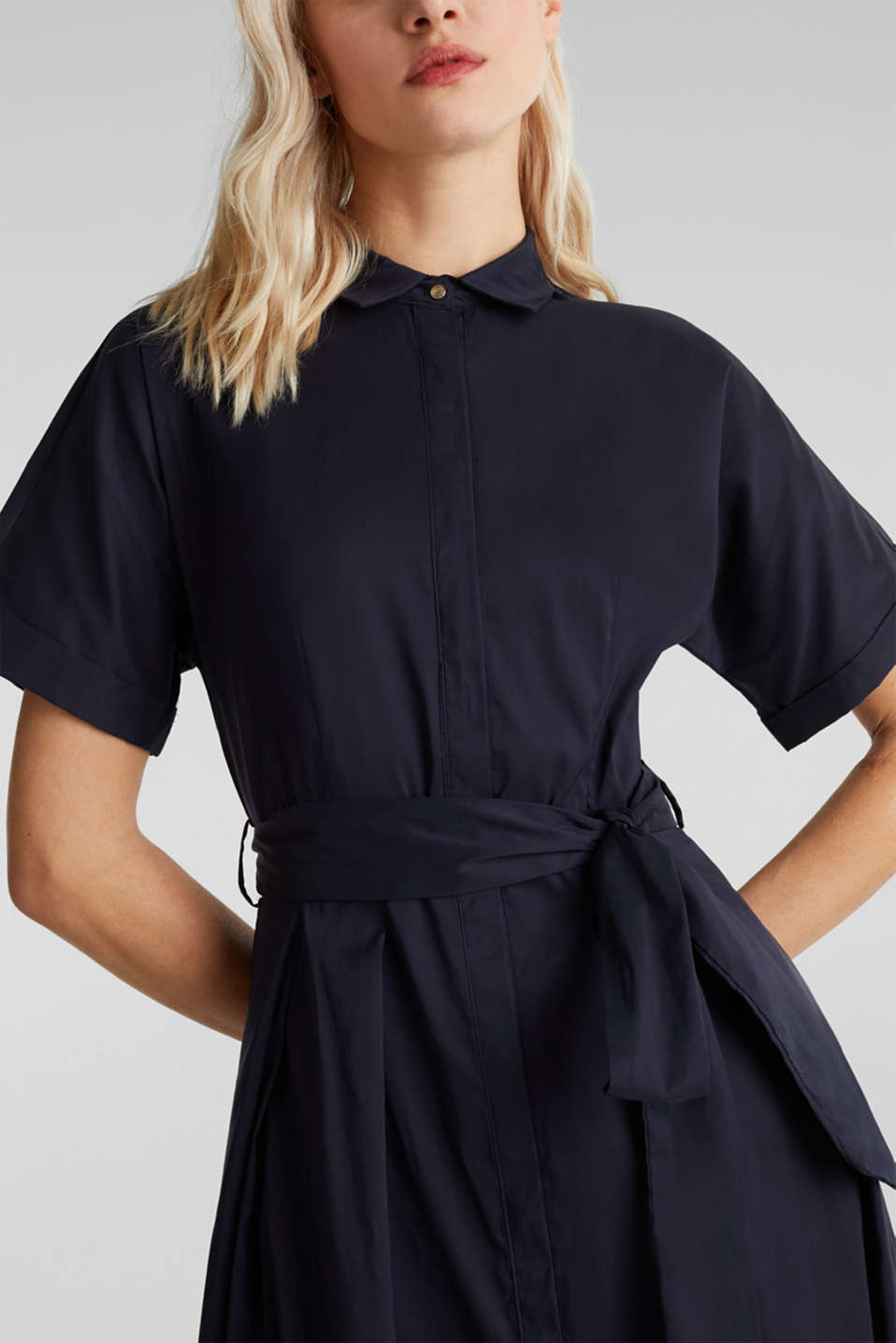 Shirt dress with a silky sheen, NAVY, detail image number 3