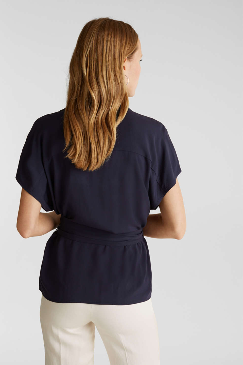 Wrap blouse with a shirt collar, NAVY, detail image number 3