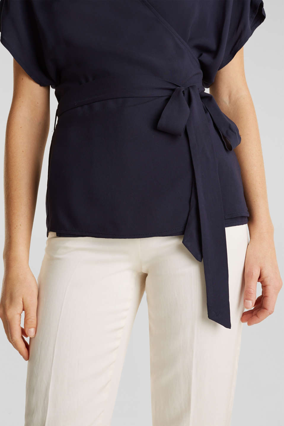 Wrap blouse with a shirt collar, NAVY, detail image number 2