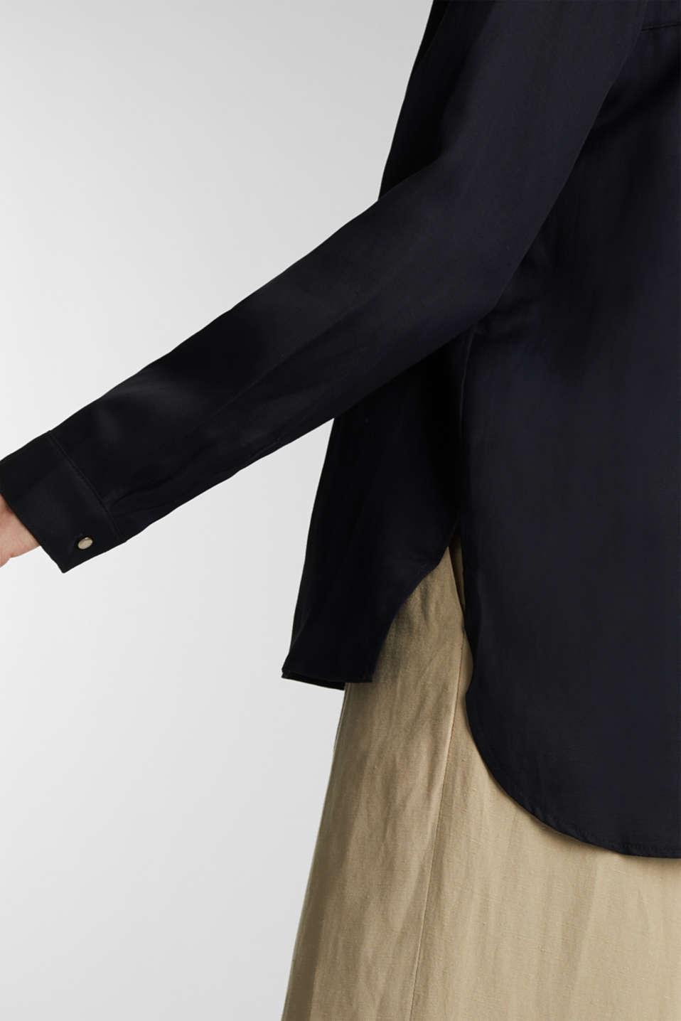 Blended linen: Slip-on blouse with button, BLACK, detail image number 2