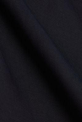 Blended linen: Slip-on blouse with button, BLACK, detail