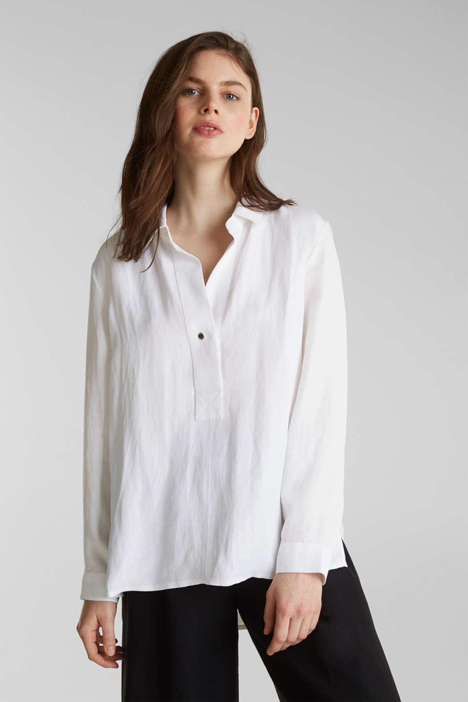 Esprit - Blended linen: Slip-on blouse with button