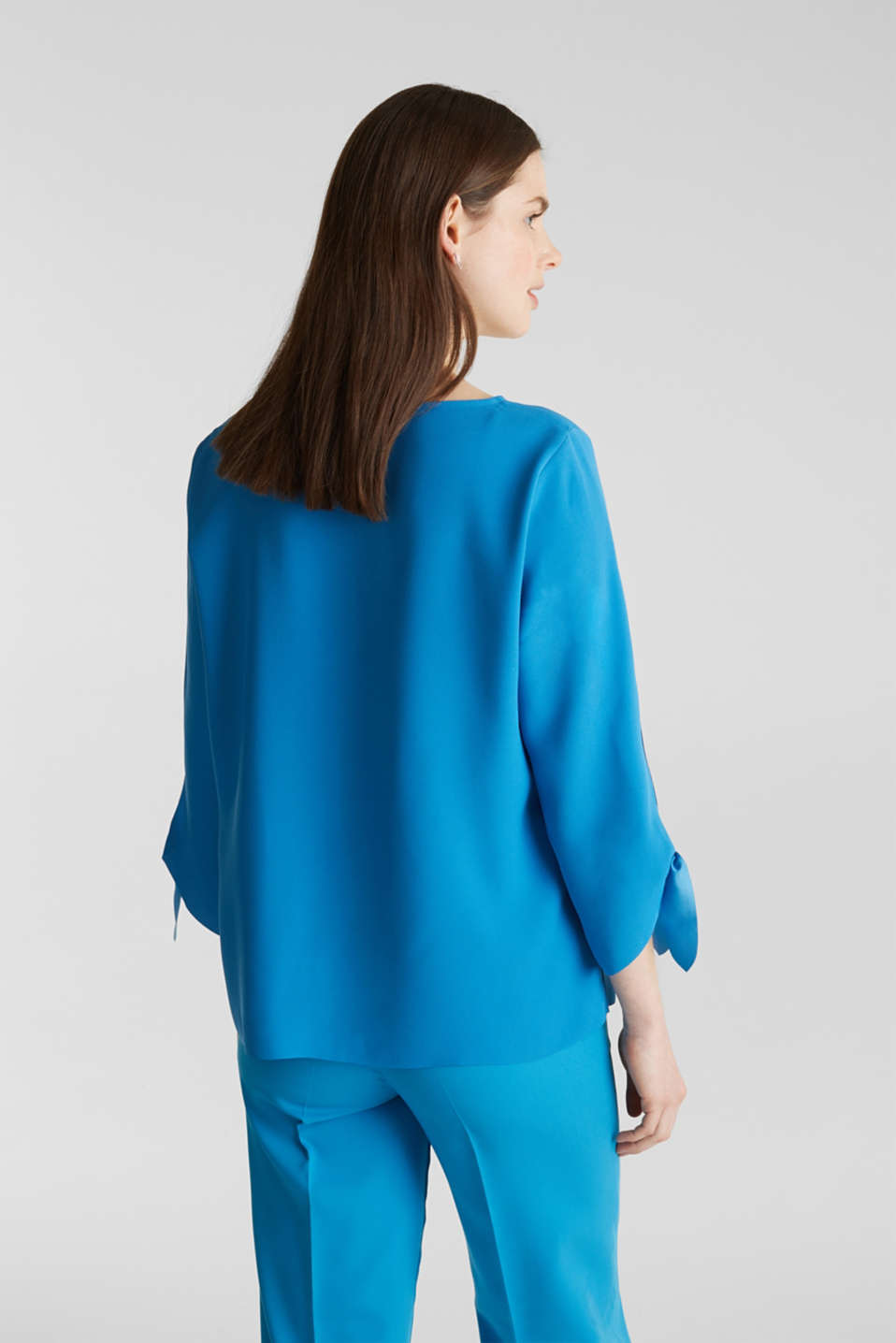 Crêpe blouse with laser-cut details, DARK TURQUOISE, detail image number 3