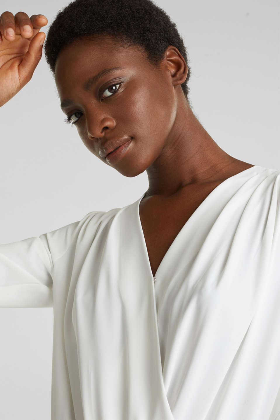 Crêpe body with a wrap-over effect, OFF WHITE, detail image number 5