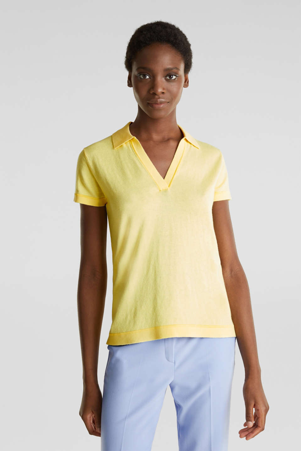 Esprit - Short-sleeved polo jumper with silk