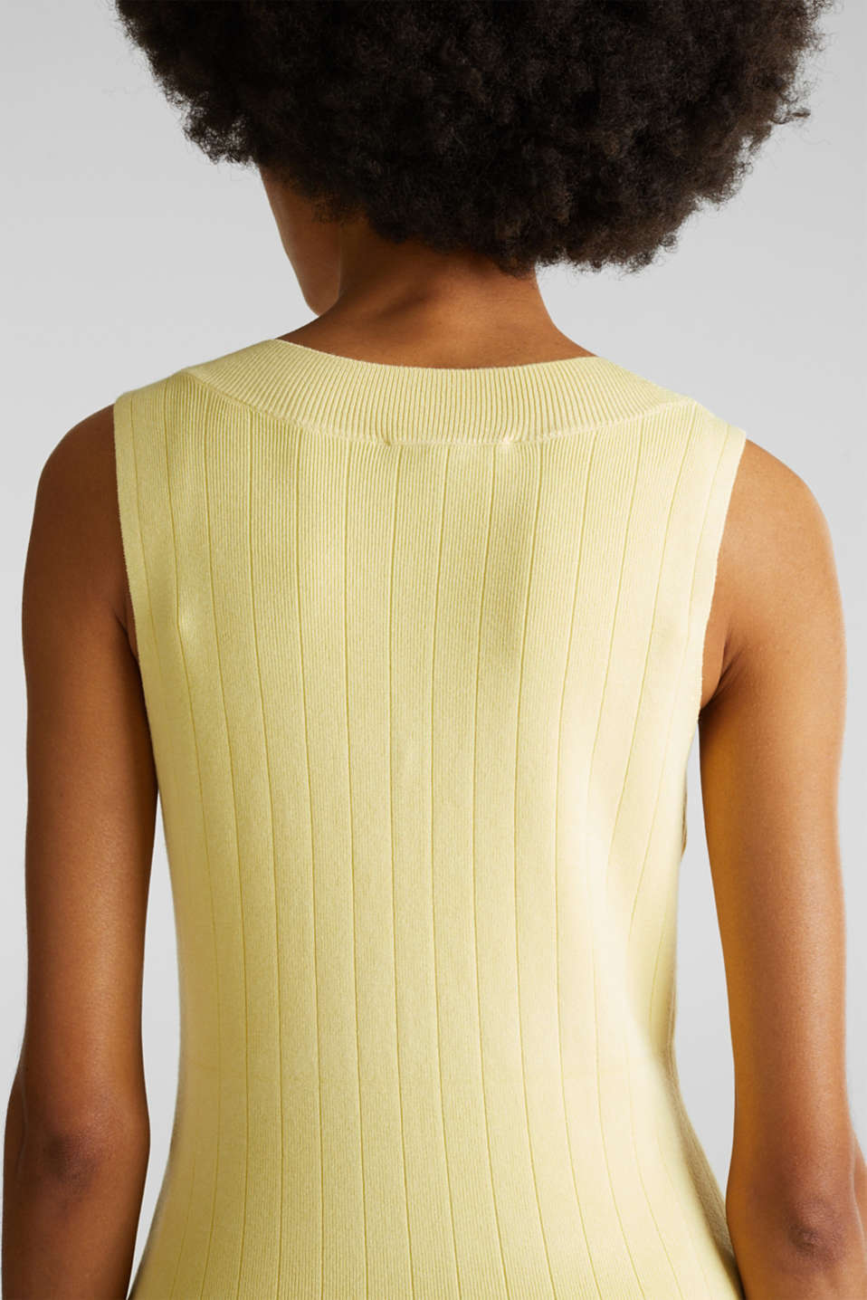 Knitted top containing LENZING™ ECOVERO™, LIME YELLOW, detail image number 4