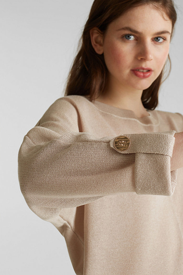 Jumper with batwing sleeves made of crêpe yarn, LIGHT BEIGE, detail image number 2