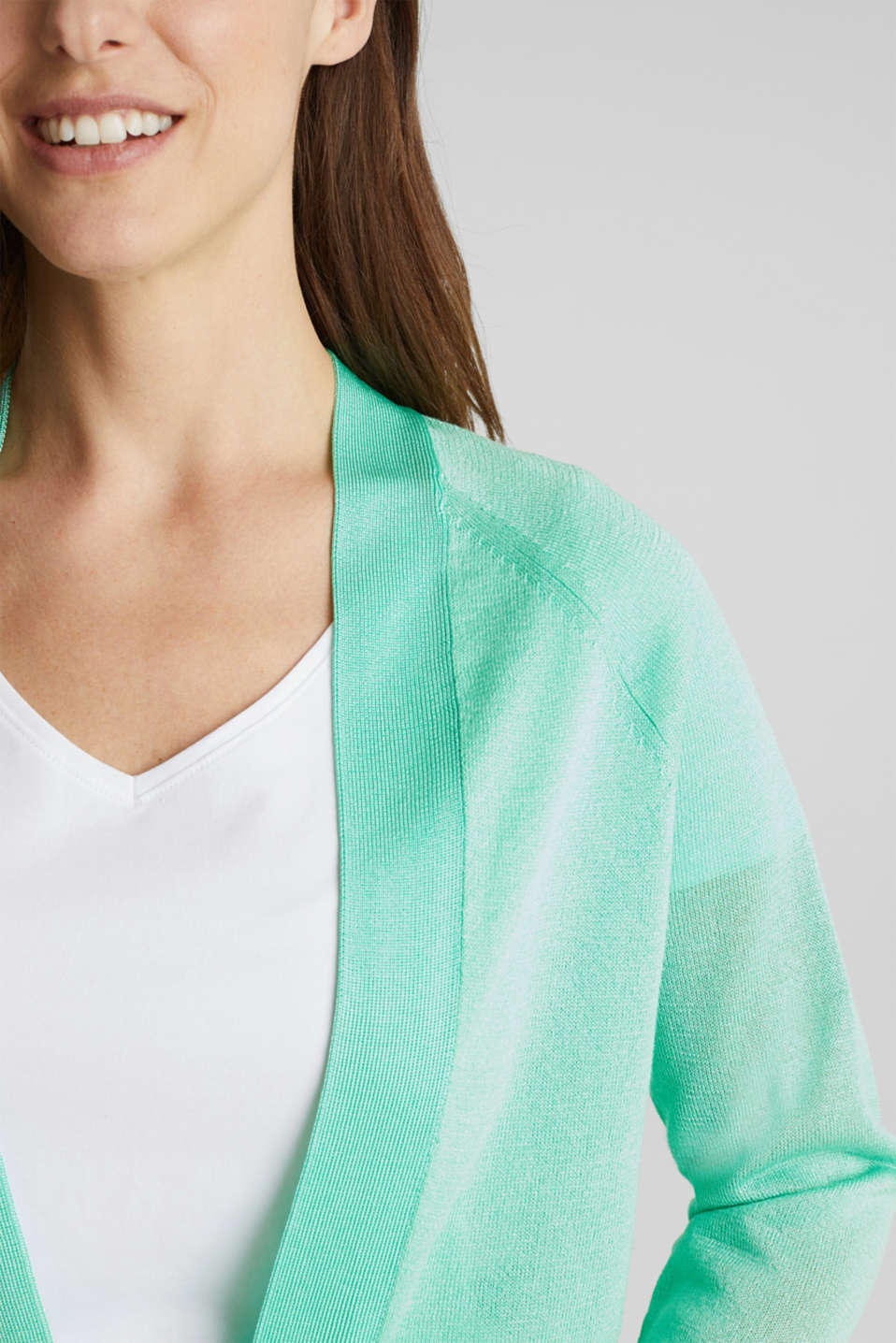 Open cardigan made of crêpe yarn, LIGHT GREEN, detail image number 2